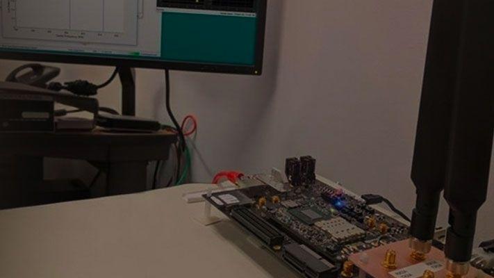 プロトタイピングのための MATLAB および Simulink アルゴリズムの FPGA への展開