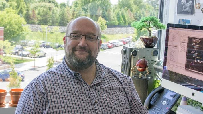 ルーク、ソフトウェア エンジニア