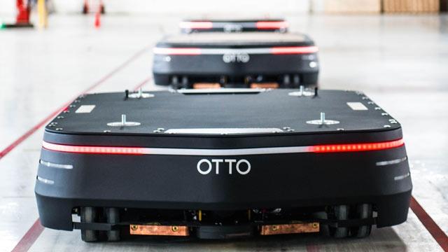 自律走行型搬送ロボットOTTO 1500