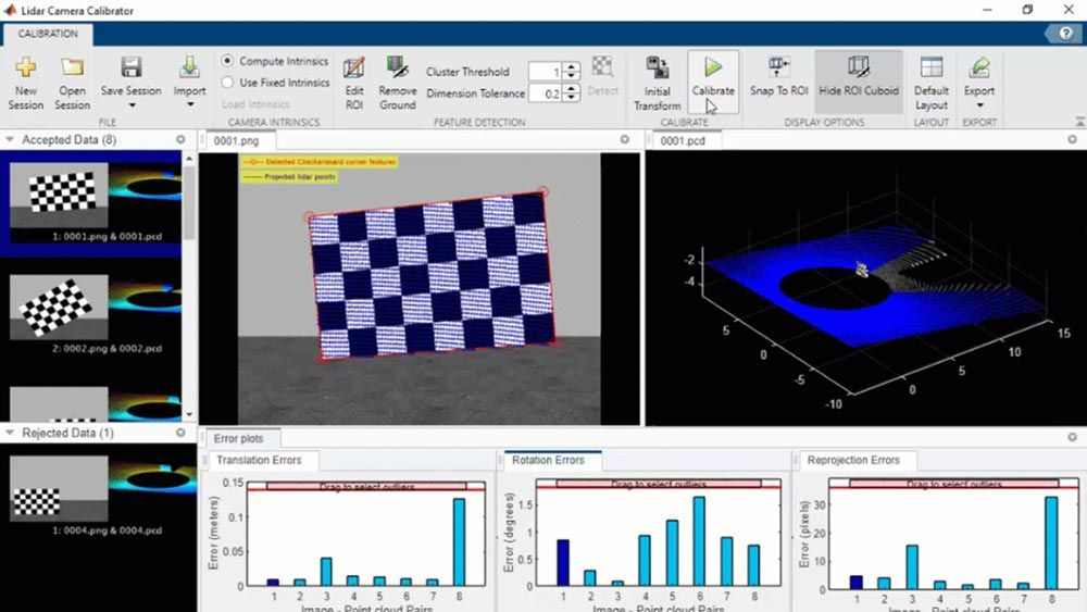 Image and corresponding point cloud of a checkerboard pattern in the Lidar Camera Calibrator App.