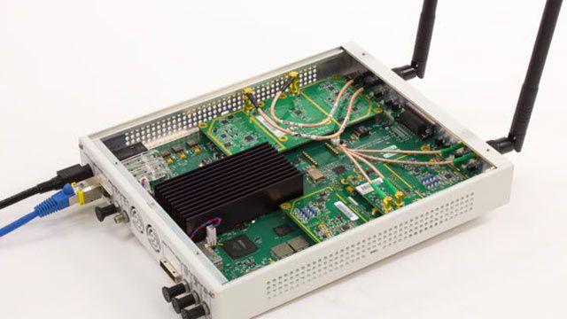802.11 OFDM ビーコンフレームの受信に使用される USRP SDR